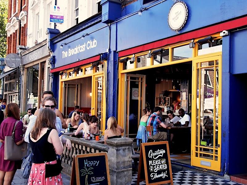 Pubs vs. branded restaurants